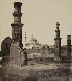 Ruins of the Oldest - and Also the Newest Mosque, Cairo Old Egypt, Egypt Travel, Islamic Architecture, Place Of Worship, North Africa, Islamic Art, Abandoned, Taj Mahal, Old Things