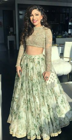 A-Line Wedding Dresses Collections Overview 36 Gorgeou… Indian Fashion Dresses, Indian Gowns Dresses, Dress Indian Style, Indian Designer Outfits, Pakistani Dresses, Indian Wear, Fashion Clothes, Fashion Outfits, Indian Bridesmaid Dresses