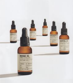 Le Labo Perfume oil. Perfume without alcohol. Doesn't contain paraben and is vegan/cruelty-free! Smoothes, softens, and perfumes the skin and hair.