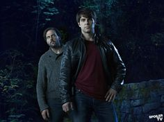 Grimm - Silas Weir Mitchell as Monroe, David Giuntoli as Nick Burkhardt