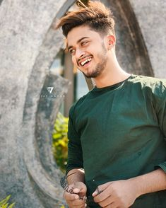 Hasnain Khan is an Indian actor, model, influencer & tik-tok star. He is known for making lip-sync videos on popular app Tik-Tok. Dear Crush, My Crush, I Miss You Cute, Boys Kurta Design, Gents Kurta, Mens Kurta Designs, Blouse Designs, Cute Boy Photo, Chocolate Boys