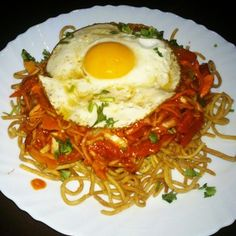 American chopsuey | 13 Ways You Should Actually Be Eating Maggi Noodles