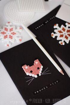 DIY idea: Card as a gift with fox from Hama beads Source by deburba Perler Bead Designs, Diy Perler Beads, Christmas Cards To Make, Christmas Crafts, Diy Cadeau Noel, Diy Pinterest, Iron Beads, Ideias Diy, Fuse Beads