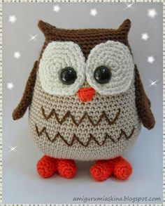 CROCHET - OWL - Amigurumi - incredibly cute page, amazing dolls Crochet Diy, Crochet Birds, Crochet Amigurumi, Amigurumi Patterns, Crochet Animals, Crochet For Kids, Crochet Crafts, Yarn Crafts, Knitting Patterns