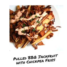 Pulled bbq jackfruit with chickpea fries with a spicy mayo sauce Vegan Blogs, Vegan Recipes, Chickpea Fries, Mayo Sauce, Fancy Dishes, Spicy, Bbq, Ethnic Recipes, Food