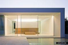 Atrium House // Fran Silvestre Arquitectos