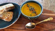 Here is a squash soup recipe that is simple, hearty, and delicious. Plant-based, all-vegan soup recipe.