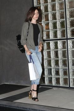 lily-collins-leaving-the-salon-with-her-normal-hair-color-in-west-hollywood-august-2016-2.jpg (1280×1920)
