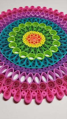 Paper Quilled Mandala - - Handmade Items , Paper Quilled Mandala - Papier Quilling Mandala 9 x 9 Papier-Quilling. Arte Quilling, Paper Quilling Patterns, Quilled Paper Art, Quilling Paper Craft, Paper Crafting, Paper Paper, Quilling Flowers Tutorial, Kirigami Patterns, Quiling Paper