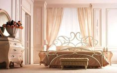 bedroom decorating ideas - brass bed feature