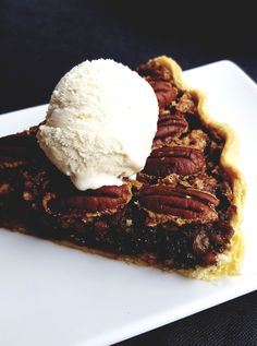 Pecan Pie Pie, Ice Cream, Desserts, Food, Recipes, Torte, No Churn Ice Cream, Tailgate Desserts, Cake