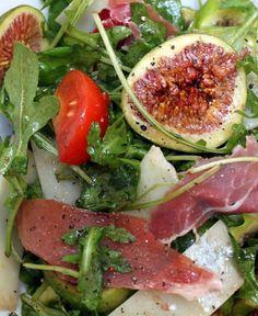 Salade roquette, figues, jambon cru, parmesan