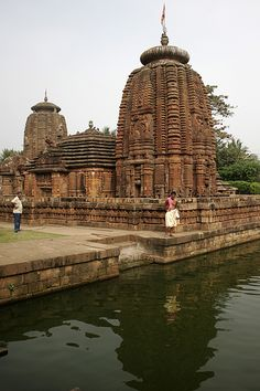Hidden gem    The intricately carved 9th century Mukteshwar and Sidheswar temples in the heart of Bhubaneswar city in orissa, India