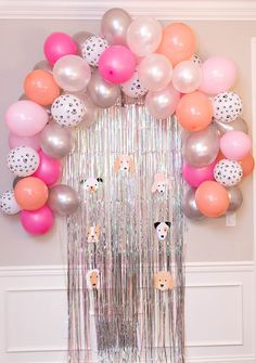 Make a beautiful ballon arch for your party! Puppy Balloons & print outs. Adopt a puppy station with stuffed animals. Backyard Birthday Parties, Puppy Birthday Parties, Girl Birthday Themes, Puppy Party, Cat Party, Dog Birthday, Birthday Party Decorations, Home Birthday Party Ideas, Balloon Birthday
