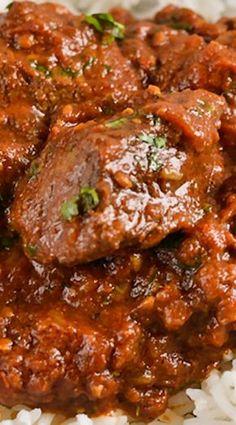 Lamb Rogan Josh (scroll down for Instant Pot directions) Liver Recipes, Lamb Recipes, Curry Recipes, Indian Food Recipes, Crockpot Recipes, Cooking Recipes, Indian Foods, Healthy Recipes, Indian Dishes