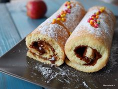 Easy and fast rolled cake recipe - Recipes Easy & Healthy French Desserts, Mini Desserts, Beaux Desserts, Sweet Recipes, Cake Recipes, Dessert Recipes, Food In French, Swiss Roll Cakes, Thermomix Desserts