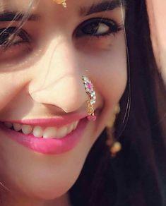Top 100 Hottest Desi Girls Wallpapers of Pakistani Indian Girls Cute Girl Face, Girls Dpz, Girl Wallpaper, Actress Wallpaper, Wallpaper Quotes, Beautiful Indian Actress, Beautiful Actresses, India Beauty, Stylish Girl