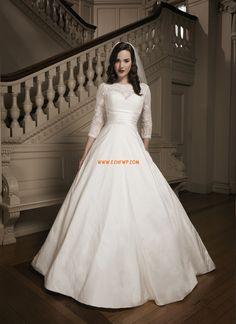 Cathedral Släp Vinter T-shirt Lyx Bröllopsklänningar
