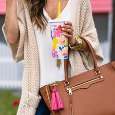 Outfit printemps verre Kate Spade couleurs vives printemps