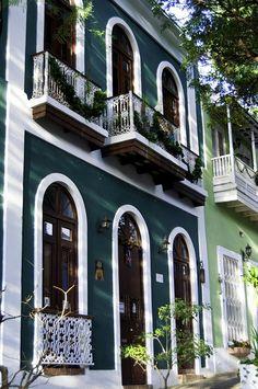 Fachada verde by Jorge Rodriguez on Flickr. San Juan, Puerto Rico