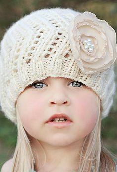 Beautiful baby girl with a knitted floral cap Precious Children, Beautiful Children, Beautiful Babies, Beautiful Eyes, Col Crochet, Bonnet Crochet, Little People, Little Ones, Little Girls