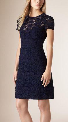 Azul marino Vestido ajustado de encaje floral - Imagen 1