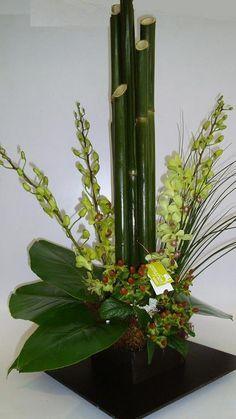 Creative Flower Arrangements, Arte Floral, Glass Vase, Bamboo, Lily, Candles, Flowers, Plants, Ideas Para
