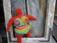 Nana crochet sculpture by Gabriele Rauner