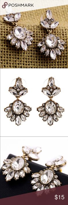 🔴Fashion Earrings So classy and trendy pair. Jewelry Earrings