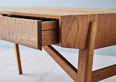 Tide Design Tuki Desk