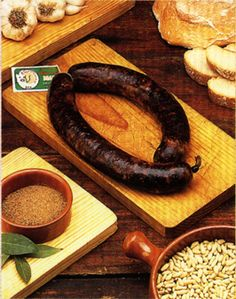 butifarra- otra Chorizo Recipes, Smoking Meat, Barbacoa, Charcuterie, Preserves, Ham, Grilling, The Cure, Food