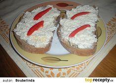 Sýrovo-vajíčková pomazánka recept - TopRecepty.cz Dairy, Cheese, Cake, Desserts, Food, Tailgate Desserts, Deserts, Kuchen, Essen