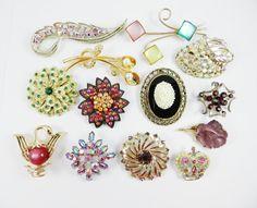 Destash Lot Vintage Rhinestone Brooch Brooches by SparklyKreations #vogueteam #gifts