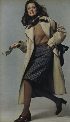 Lauren Hutton for Vogue School Fashion, 70s Fashion, Fashion History, Timeless Fashion, Fashion Beauty, Vintage Fashion, Lauren Hutton, Vintage Vogue, 20th Century Fashion
