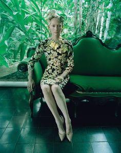 ティルダ・スウィントンとティム・ウォーカー W Magazineで競演 | Fashionsnap.com | Fashionsnap.com