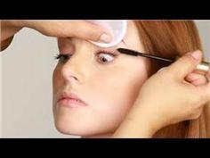 How Do I Apply Eye Makeup for Deep Set Eyes?