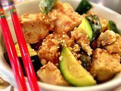 26 Vegetarian & Vegan Crock Pot Recipes: Island Teriyaki Crockpot Tofu with pineapple, zucchini
