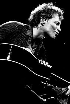 Jon Bon Jovi. <3<3<3
