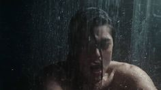 Treesome with an Alien? Alien Covenant (Red Band Trailer) Treesome with an Alien in the shower? Alien Covenant, The Covenant, Alien Alien, Sci Fi News, Red Band, Star Trek, Shower, Movies, Rain Shower Heads