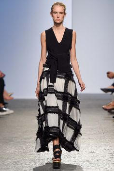 Sportmax Spring 2015 Ready-to-Wear - Collection - Gallery - Look 36 -  | Le Fevrier |