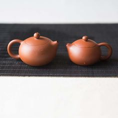 These teapots are made from Chaozhou zhuni red clay, not to be confused with Yixing zhuni though. Chaozhou zhuni is considered to be even more porous than Yixing zisha, and will similarly absorb the flavor and character of the tea you use them for, improving with continued use. This clay also experiences less shrinkage during …