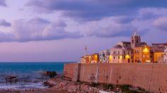 Termoli, Città vecchia e trabucco © Stefano Mattia | Termoli: un antico borgo di marinai a picco sul mare | #viaggi #Molise #estate #escursioni