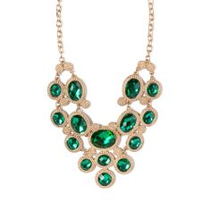 I love the STEPHAN & CO. Statement Necklace from LittleBlackBag *Get your 25% off here -> lbb.ag/b32a