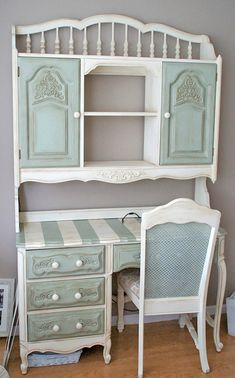 Repurposed Furniture Before And After Shabby Chic Flea Markets Ideas chic furniture dresser chic furniture white chic furniture painting chic furniture ideas Refurbished Furniture, Repurposed Furniture, Painted Furniture, Antique Furniture, Distressed Furniture, Painted Hutch, Rustic Furniture, Desk Makeover, Furniture Makeover