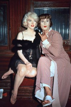 """Marilyn Monroe with Tony Curtis on the set of """"Some Like It Hot"""""""