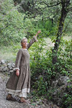 Du lin chiné marron et du coton tout doux...... Une robe facile à...
