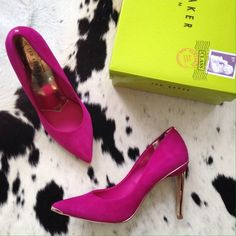 """Ted Baker """"Elvena"""" Heels Dark pink Ted Baker London pumps with gold accents. Never been worn, comes with box. Size reads, EUR 38, USA 7 - Fits like a 7. No trades, no Paypal. Thanks! Ted Baker Shoes Heels"""