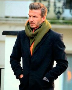 David Beckham - Looks & Style - photos Mode David Beckham, Estilo David Beckham, David Beckham Style, David Beckham Fashion, David Beckham Haircut, David Beckham Suit, David E Victoria Beckham, Fashion Mode, Mens Fashion