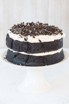 ThisCookies 'n Cream Oreo Cake is FULL of chocolate and Oreo flavor. Dark Chocolate Cake filled with marshmallow buttercream and tons of Oreos!