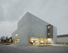 Galería de Sede principal Greiner / f m b architekten - 2